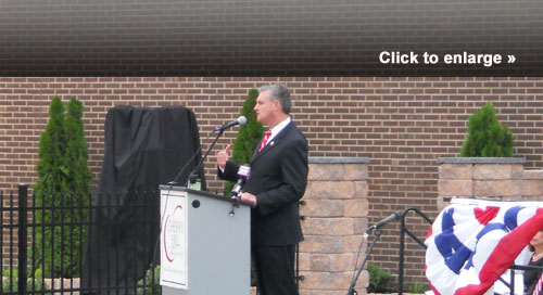 New Jersey Congressman Robert Andrews addresses the crowd at the Cherry Hill 9/11 memorial.